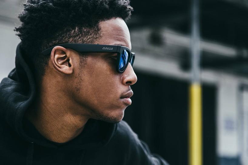zungle-panther-sunglasses-headphones-designboom-06-818x545