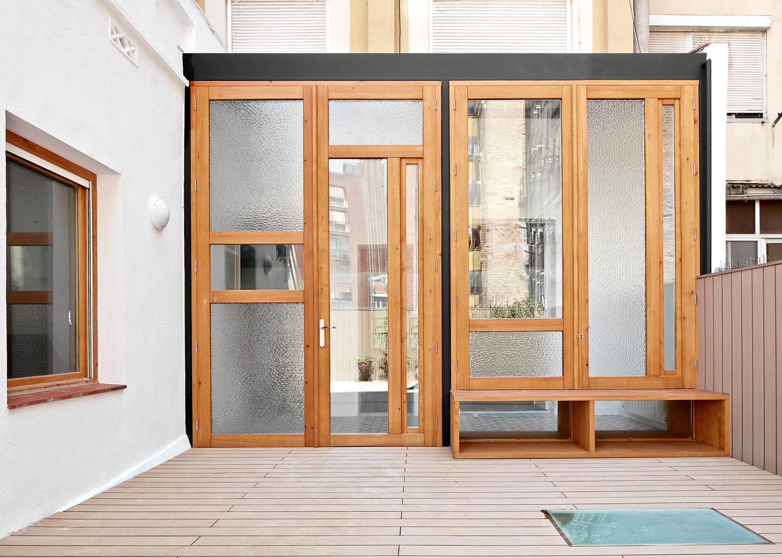 Tamarit-Apartment_Ras-Arquitectura_dezeen_1568_9