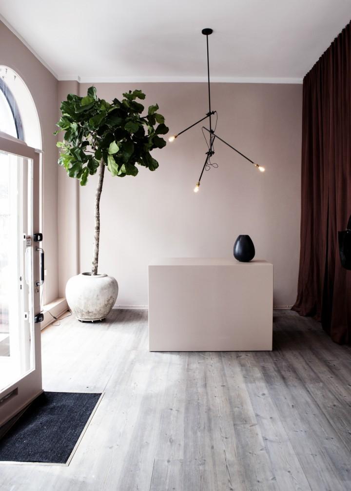 Yvonne-Kone-boutique-Copenhagen-Line-Klein-Remodelista-7-720x1007