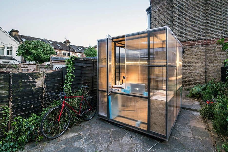 minima-moralia-tomaso-boano-jonas-prismontas-london-installation-social-issues-creativity-pop-up-spaces-architecture-backyards-experiment-modular-steel_dezeen_936_1
