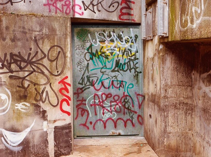 tag-clouds-graffiti-mathieu-tremblin-designboom-08