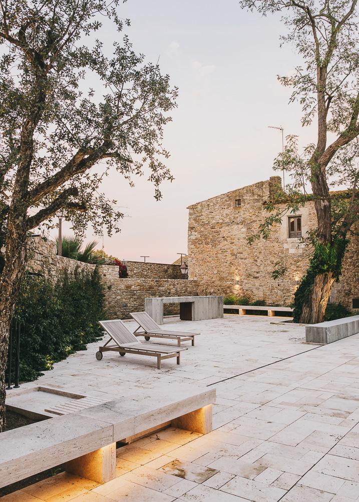 Castell-de-peratallada-gardenista-18
