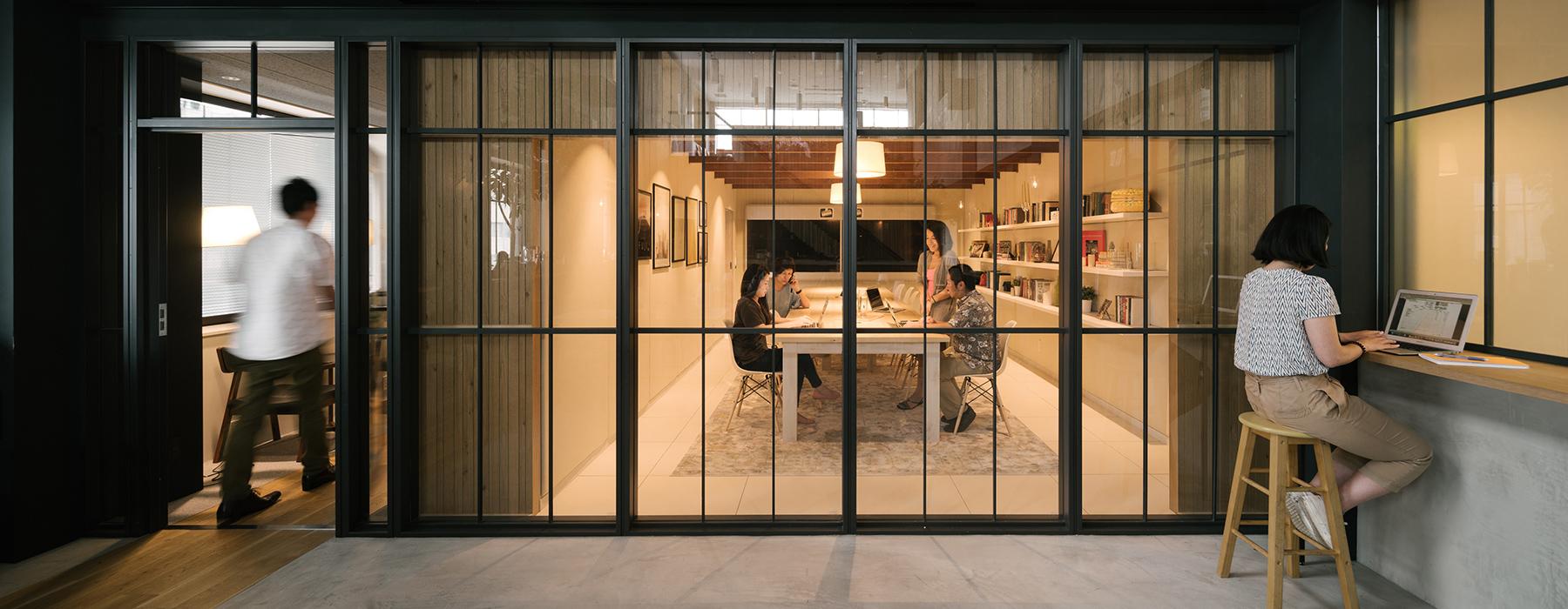 airbnb-tokyo-office-interiors-japan-suppose-design-office-designboom-1800