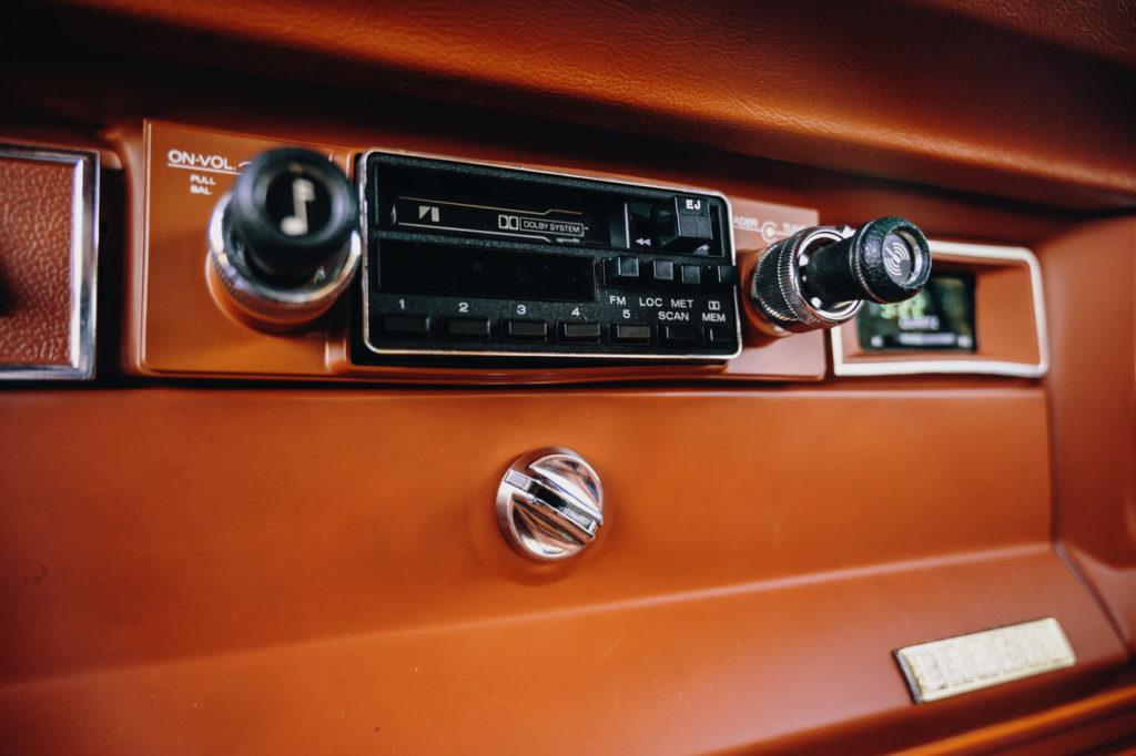 1983 Jeep Cherokee-06