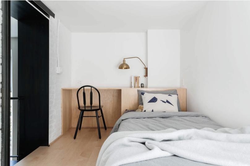 loft-apartment-in-soho-03