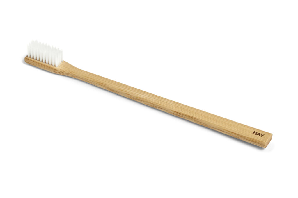 hay-chops-toothbrush-&-holder-03
