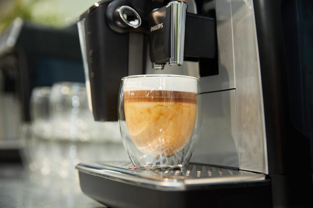 plain-me-x-philips-coffee-03