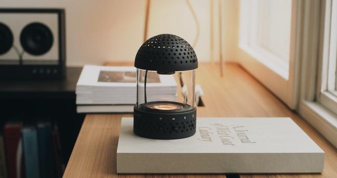 Light Speaker transparent